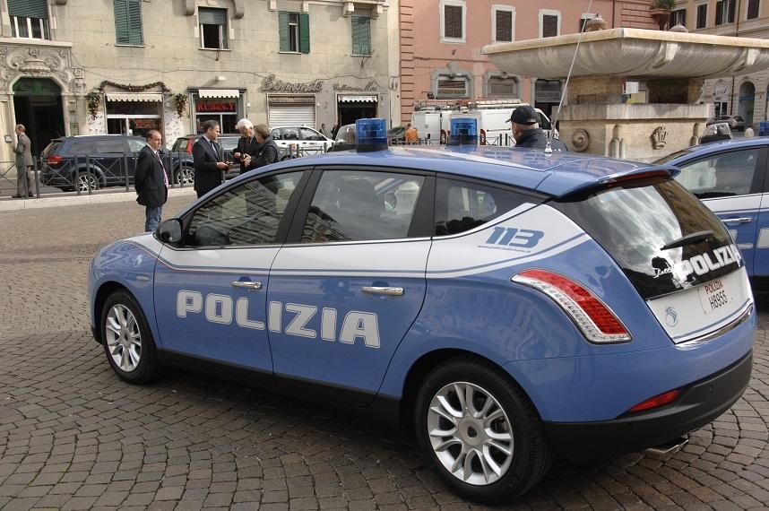 nuove auto polizia (2)