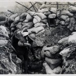 1916. fronte dell'Isonzo. Trasporto di un ferito verso un posto di ricovero