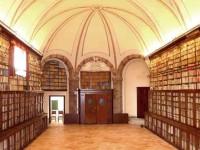 biblioteca intronati interno