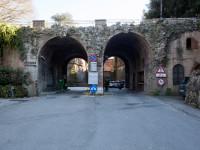 parcheggio stadio-fortezza entrata