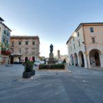 Sarteano_Piazza XXIV