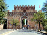porta-romana-a-siena