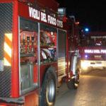 Vigili del fuoco camion notte