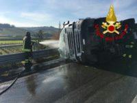 certaldo_poggibonsi_san_gimignano_autocisterna_ribaltata_incidente5