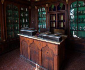 Farmacia dell'ex ospedale San Niccolò di Siena