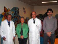 professor Alfonso D'Ambrosio, il professor Paolo Balestri e il direttivo dell'ATLpediatria 70512