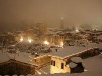 San Gimignano neve notte