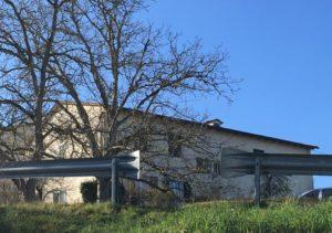 La casa alla Colonna di Monteriggioni dove si è consumata la rapina