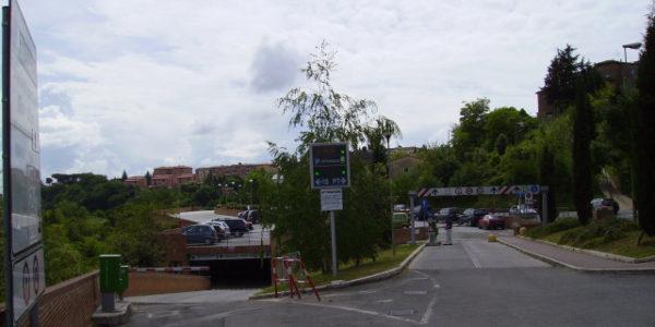 parcheggio san franscesco ingresso