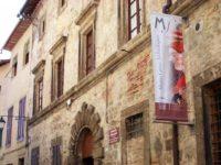 Sarteano_Palazzo_Museo_Civico_Archeologico_01