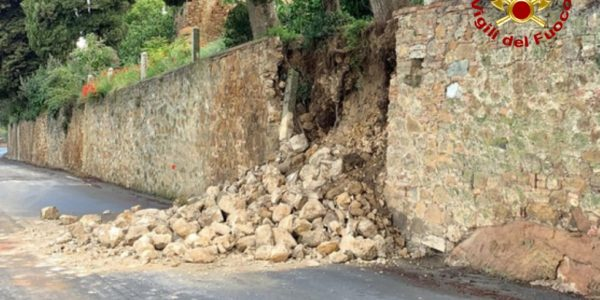 crolla muro a Pienza