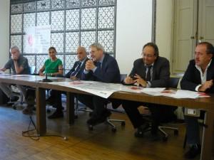 Conferenza stampa bus siena fiumicino_800x600