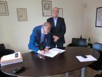 Il Direttore Territoriale Mps Giovanni Arduini e il Presidente del Consorzio del Brunello Fabrizio Bindocci 3