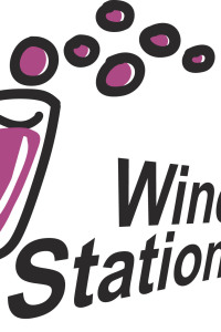 Logo Wine Station