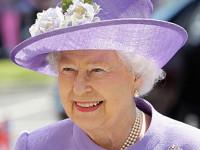 Regina Elisabetta II-2