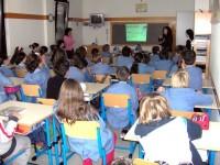 scuola bambini in classe_799x600