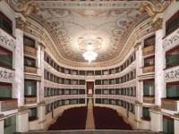 teatro rinnovati interno_800x598